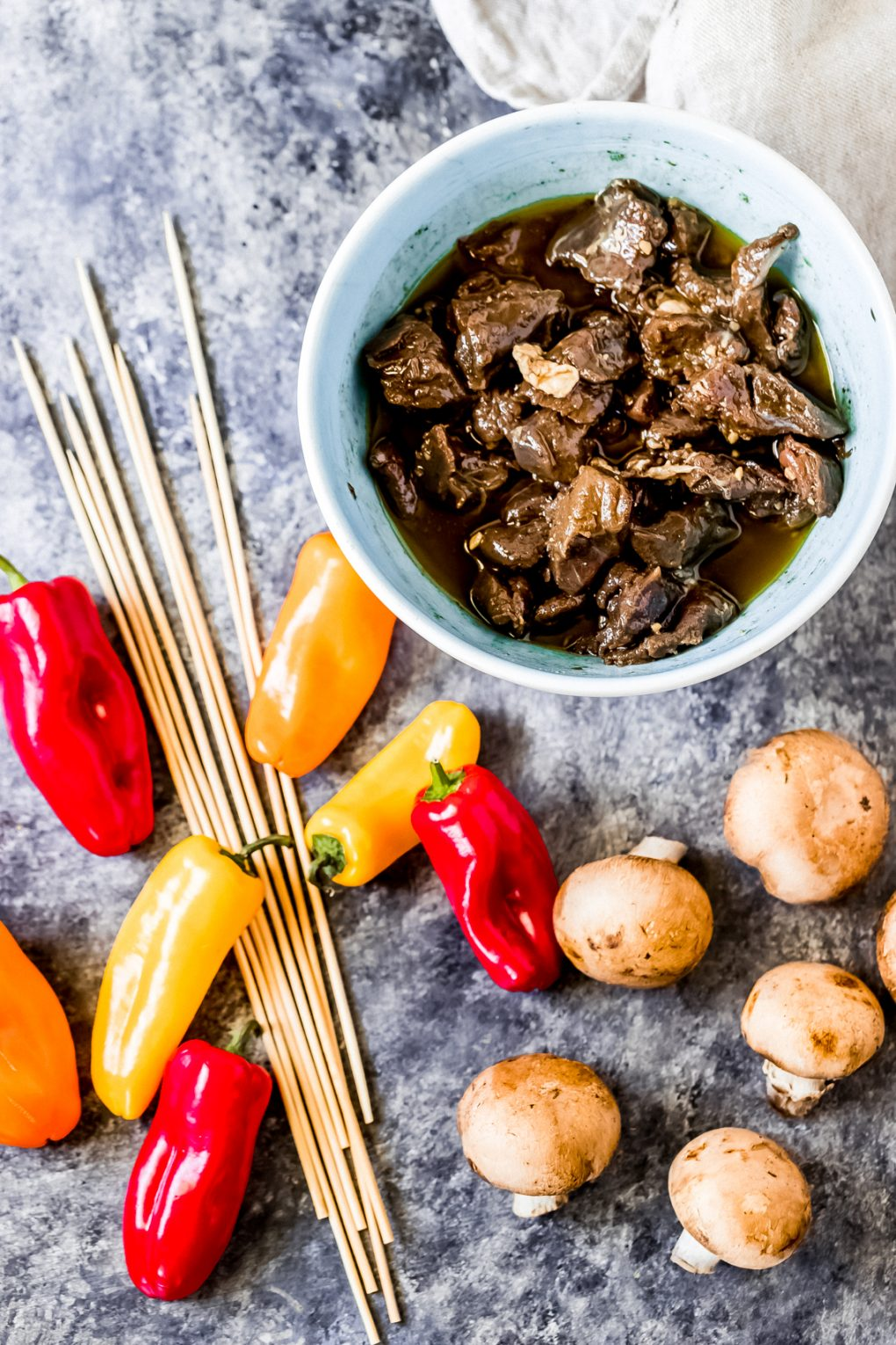 ingredients to make grilled venison kabobs